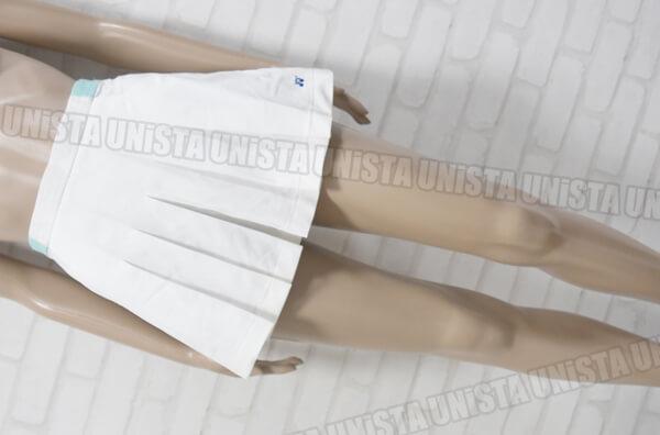 YONEX ヨネックス 女子テニス スコート ホワイト・エメラルド
