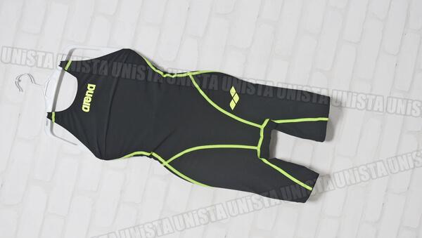 ARENA アリーナ ARN-2000W AQUAFORCE-FUSION アクアフォースフィルム3 ハーフスパッツ FINA女子競泳水着 ブラック