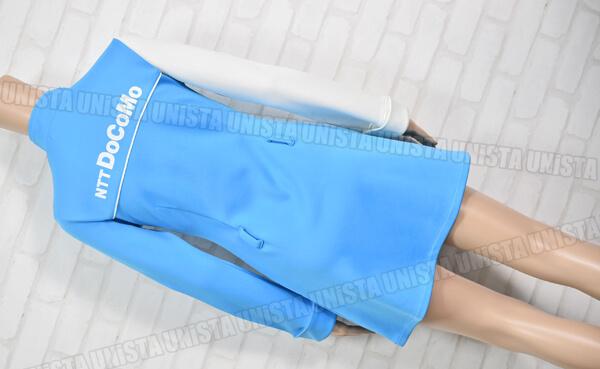 NTT DOCOMO ドコモ キャンペーンガール衣装・制服 ホワイト・ブルー 背面